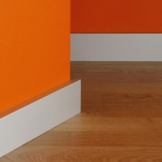 R-800-8 Aluminium skirting...