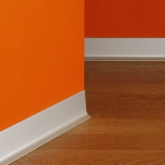 R-735-0 Aluminium skirting...